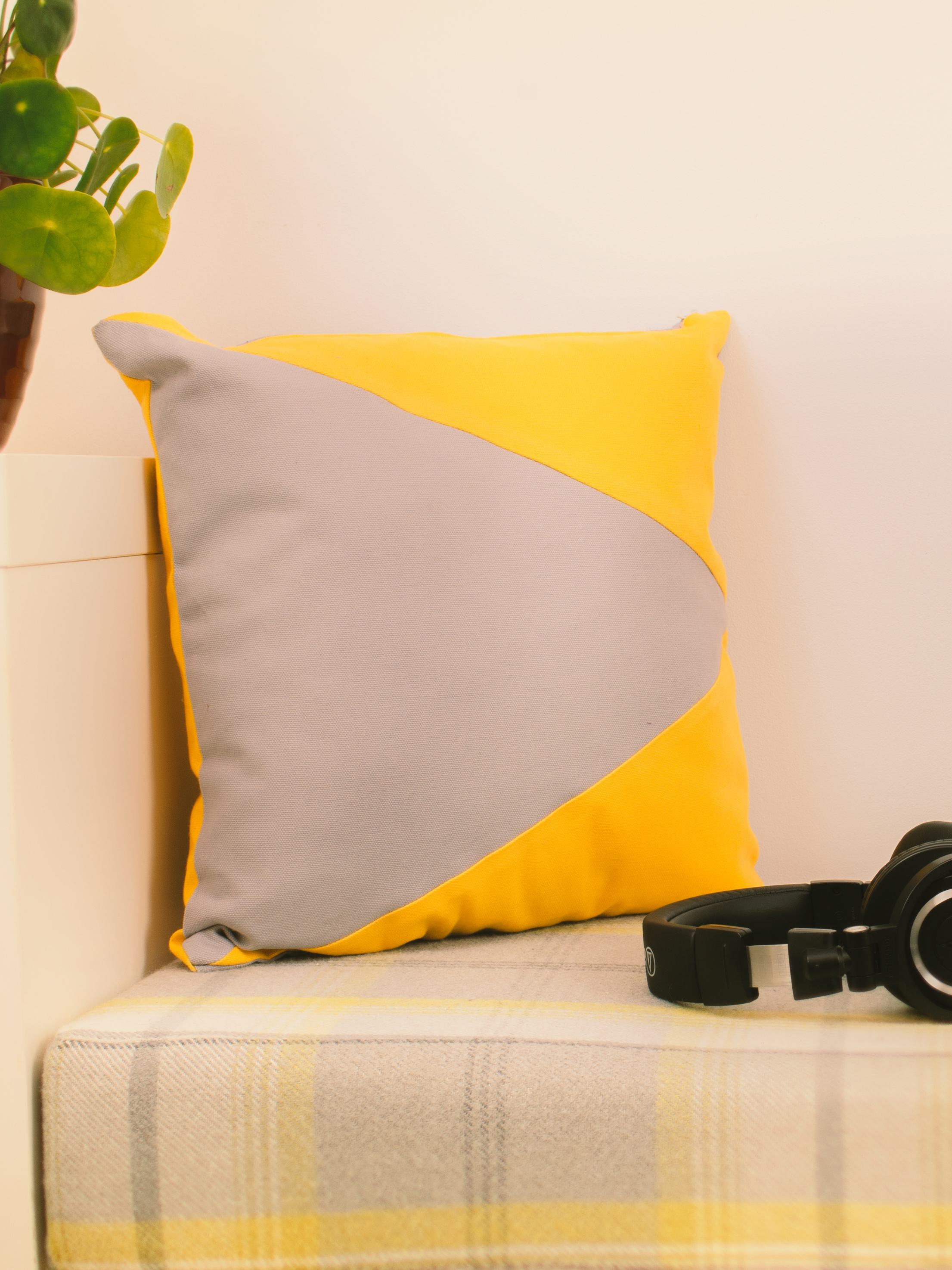 Mustard & Grey Memphis Cushion