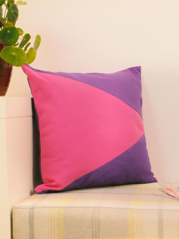 Purple & Pink Memphis Cushion