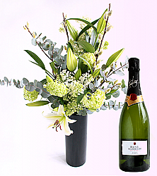 Lily Bouquet & Sparling Cava